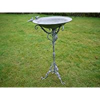 Abbeveratoio per uccelli in metallo rustico free standing foglia Garden