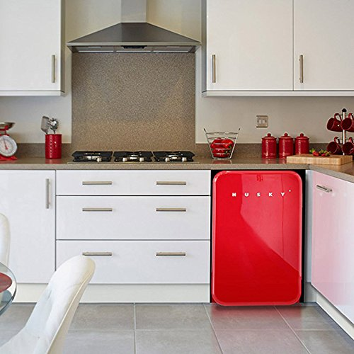 husky-retro-undercounter-fridge-108l-in-radiant-red