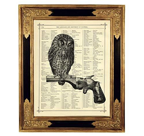 Eule Revolver Zweig Gothic Poster Kunstdruck auf antiker Buchseite Steampunk Geschenk Bild ungerahmt