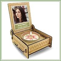 CANDLE in the BOX Trauerkerze in Holzbox mit Spruch | personalisiert mit Foto und mit Namen | SPUREN IN UNSEREN HERZEN | Gedenkkerze | Trauerlicht