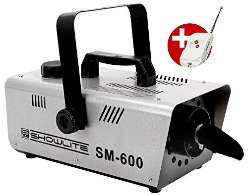 Showlite SM-600 Schneemaschine 600W mit Funk-Fernbedienung (30 m³/min Schneeausstoß, keine Aufwärmzeit, Tankvolumen: 1 Liter, inkl. Hängebügel) silber (Leistung Schnee)
