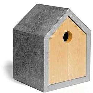 Design Nistkasten/Vogelhaus für Meisen. Aus Beton/Holz, Einflugloch 35 mm. Das Original seit 2007 – für Garten, Terrasse und Balkon – ein tolles Geschenk zum Richtfest!