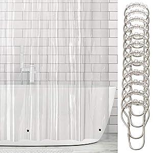 mDesign Cortinas de baño de vinilo – Cortina de baño extra larga con 12 aros para colgar incluidos – Cortinas de ducha y para bañera impermeables – 100% vinilo – 182,9 cm x 243,8 cm – transparente