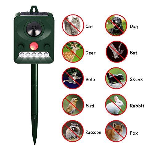 Focuspet Cat Repellent, Animal Repeller Ultrasonic Animal Control Repellent Deterrent Solar Powered Cat Scarer Outdoor Waterproof With LED Flashing Light for Cat, Dog, Fox, Squirrel, Rat, Bird 5 Mode