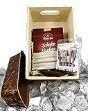 Charming Boxes Geschenkkorb Geburtstagskuchen-Box – Holzkiste mit Bio-Schokokuchen-Backmischung, Partykerzen, Backform, Rosenblättern… Geburtstagsgeschenk der Extraklasse