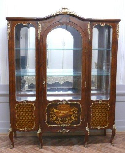 LouisXV Barock Vitrine Rokoko Antik Stil Schrank Louis XV MoVi0395int antik Stil Massivholz....