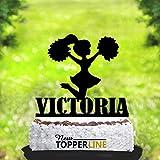 topper per torta personalizzata per matrimoni, compleanni, anniversari e eventi speciali. possiamo personalizzare qualsiasi torta con il suo nome, cognome, le iniziali, e la data dell' evento.È realizzata con materiali di alta qualità per la ...