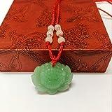 Sujaree shop Halskette mit Lotus-Anhänger Grün Jade Grün