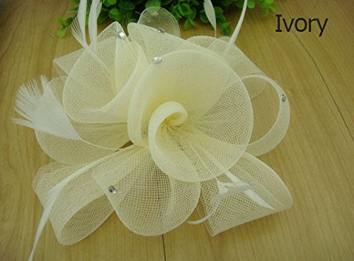 ivory-wedding-hair-fascinator-clip-with-feathers