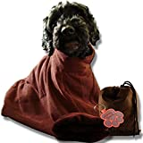 PoochOneZee der schnell trocken Beutel fuer Hunde - Das super saugfaehige mikrofaser Haustier Handtuch mit Reißverschluss und Hundepflege Mittel