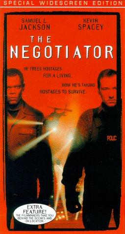 Preisvergleich Produktbild The Negotiator [VHS]
