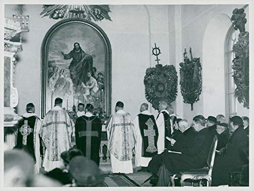 Vintage Photo of Lovö Church is inaugurated by Archbishop Eidem. Among The Present were The King and The Crown Prince Couple ()