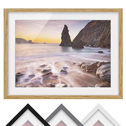 Bild mit Rahmen - Spanischer Strand bei Sonnenaufgang - Farbe Eiche, 30 x 40 cm