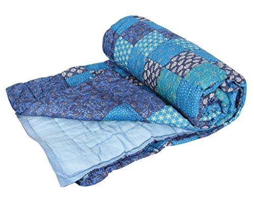 Stole & Yarn Blue Patch Print Gold Double Bed Soft Indian Quilt Jaipuri Razai Blanket Cotton Rajai Light Weight Blanket Printed Dohar Comforter