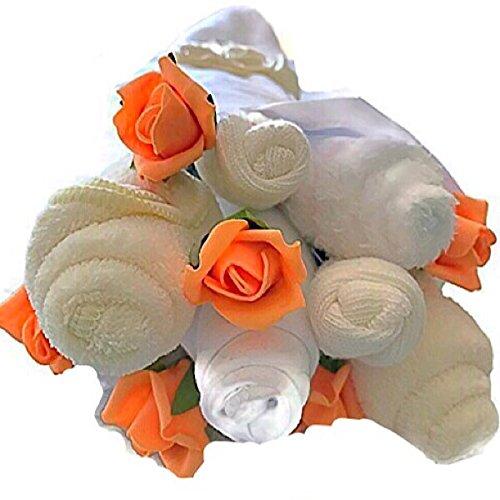 31657e3bda901 Bébé Neutre Unisexe Crème traditionnel Bouquet de vêtements pour bébé Cadeau  de douche Nouvelle Maman