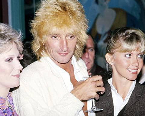 Olivia Newton-John candid with Rod Stewart 1978 10x8 Promotional Photograph