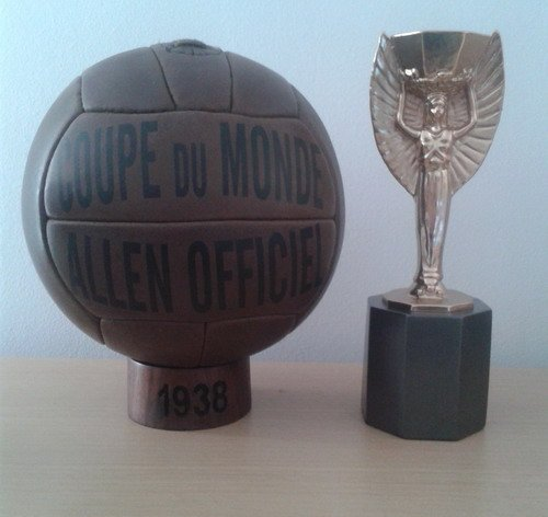 BALON OFICIAL FUTBOL DEL MUNDIAL DE FRANCIA 1938