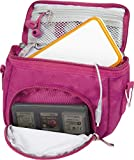 Orzly-Borsa a tracolla di alta qualità multiuso per Nintendo DS (adatta a tutte le versioni DS con schermo pieghevole: DS / DS Lite / 3DS / 3DS XL / New 3DS / New 3DS XL / 2DS XL) - Borsa portatile con maniglia di trasporto + cinghia a tracolla regolabile + fissaggio per cintura-rosa