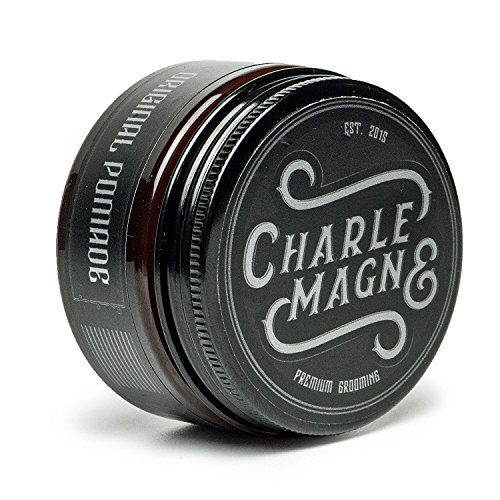 Charlemagne Premium Original Pomade Wasserbasiert - Perfekter Glanz - Idealer Starker Halt - Haar-Styling Wachs für Herren & Männer-100ML - Hair-Wax hergestellt in UK - Edler Duft - Strong Hold - Hart