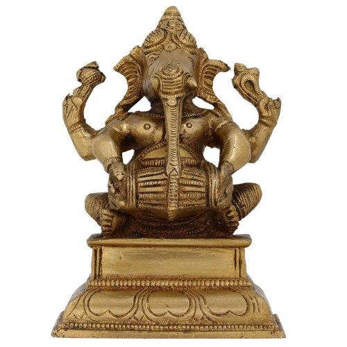 Shalinindia–Ganesha sitzend mit Spielen Dholak, Golden