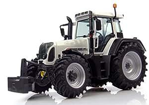 FENDT 820 Blanc .Série limitée à 3000 piéces