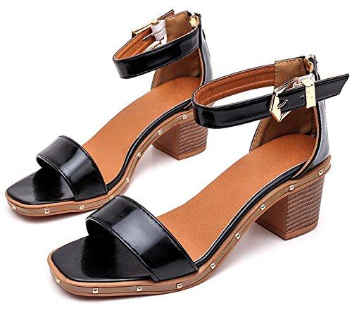 Sommer-Perle Fischkopf Wort Schnalle hochhackigen Sandalen Frauen Sandalen, dick mit wilden Schuhe Black