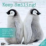 Keep Smiling 2019, Wandkalender / Broschürenkalender im Hochformat (aufgeklappt 30x60 cm) - Geschenk-Kalender mit Monatskalendarium zum Eintragen