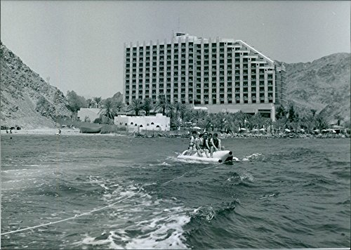 vintage-photo-of-the-hotel-avia-sonesta-on-the-shores-of-the-red-sea-at-taba-1989