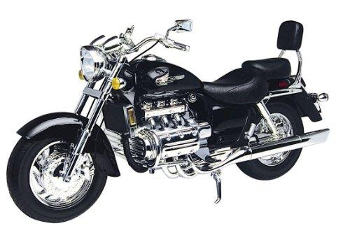 ToyCentre Honda 1:6 Scale Valkyrie Die-Cast Super Bike (1 6 Motorrad)