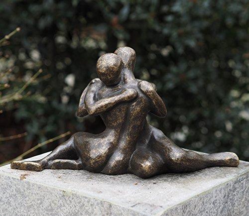 "Bronzefigur ""umarmendes Liebespaar"" aus Bronze"