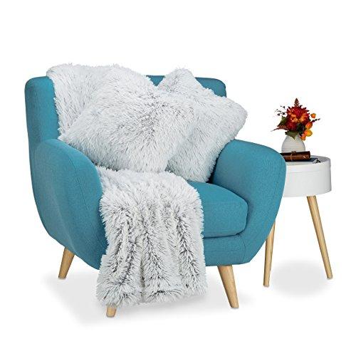 Relaxdays Kuscheldecke mit 2 Kissen, 3 tlg. Set, Tagesdecke Felloptik, Sofakissen Kunstfell, Wohndecke xxl, weiß-grau