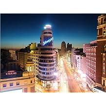 Cuadro sobre lienzo 120 x 90 cm: Gran Via shopping street and city of Madrid at night de Matteo Colombo - cuadro terminado, cuadro sobre bastidor, lámina terminada sobre lienzo auténtico, impresión...