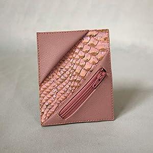 Kreditkartenetui Cardholder Geldbörse Visitenkarten Etui tablet Kork Kroko Rosé Rosa Münzfach RFID-secure, handgefertigt von wagnerstrasse