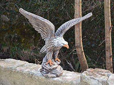 Herrlicher Adler Steinfigur in Farbe aus Steinguss, frostfest von gartendekoparadies.de - Du und dein Garten