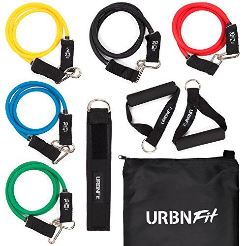 El conjunto de Bandas de Resistencia URBNFit Pro Series de 12 piezas para Fortalecimiento y Entrenamiento incluye 5 tubos de elastica el ancla para la puerta, correas para tobillos y muñecas, la guía de ejercicios y una bolsa de transporte