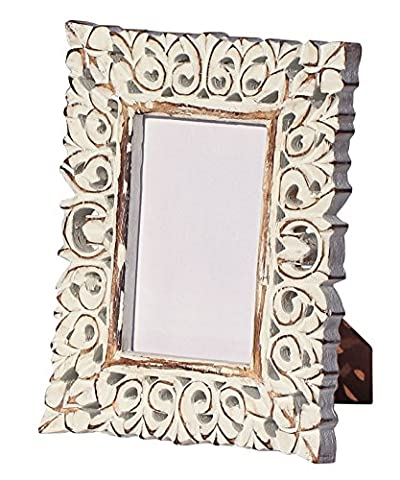 SouvNear - Shabby Chic White Washed Photo Picture Frame - Hand Carved 4x6 with Stand in Solid Mango Wood – Decorative Antique Look Distressed Finish for Living Room / Home and Wall Décor