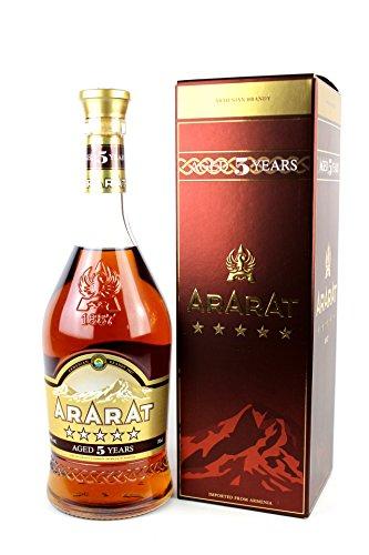 Ararat 5 Years Old mit Geschenkverpackung (1 x 0.7 l)