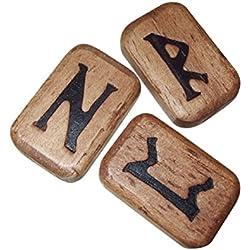 Juego de runas talladas en madera