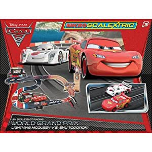 micro scalextric g1077 disney pixar cars 2 world grand prix circuit electrique 1 64 import. Black Bedroom Furniture Sets. Home Design Ideas