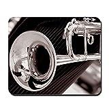 CafePress–Schwarz und Weiß Trompete Close Up–rutschfeste Gummi Mauspad, Gaming Maus Pad