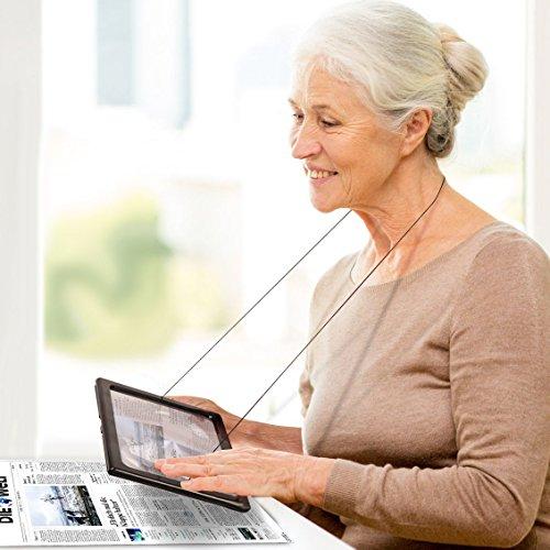 Zeitungslupe Vergrößerungsglas Leselupe - Lupe OMALU - für Senioren zum Umhängen - Geschenk für Oma - A4 Format- LED Beleuchtung - Senioren Vergrößerungslupe Lesehilfe Zeitung Buch - Maße: ca. 28x20x2cm - 2