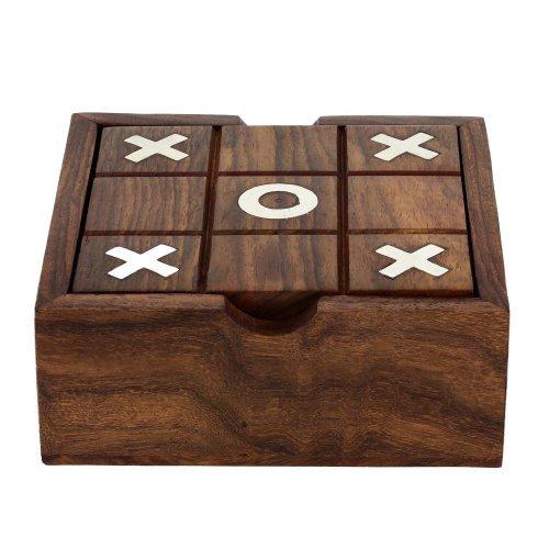c Toe Zwei in einem Spielset Holzspielzeug aus Indien ()