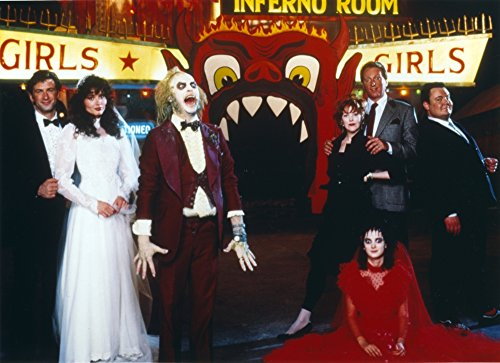 The Poster Corp Michael Keaton at A Halloween Party Photo Print (25,40 x 20,32 cm) (News Uk Halloween)