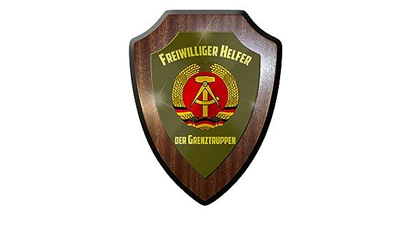 Freiwilliger Helfer Grenztruppen DDR Republik NVA #10026 w Wappenschild