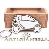 ArtigianeriA - Portachiavi in legno per auto modello city car. Realizzato a mano interamente in Italia.