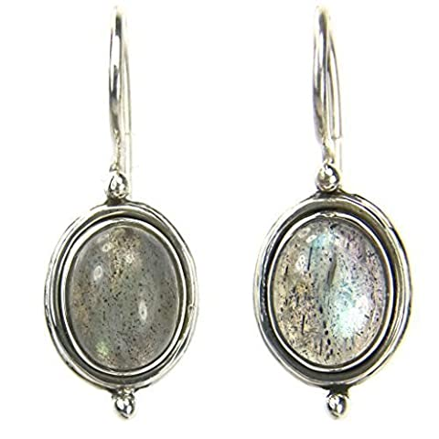 Labradorite earrings in sterling silver - Stone size 7x9mm