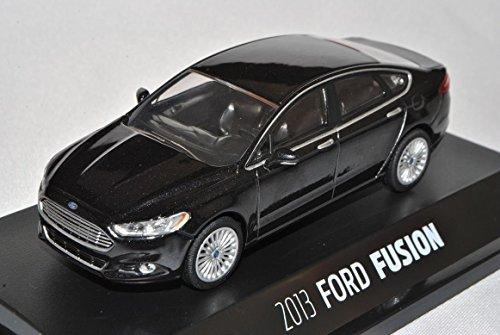 ford-mondeo-limousine-schwarz-fusion-mk5-ab-2013-1-43-greenlight-modell-auto