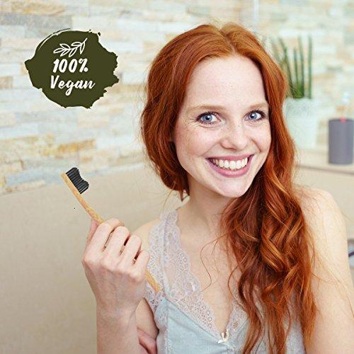 4er Pack ♻ Bambus Zahnbürste mit reinem Bambus-Holz ✮ vegan ✮ biologisch abbaubar ✮ 100% frei von BPA ✮ Borsten mit Bambus-Holzkohle für beste Sauberkeit - 4