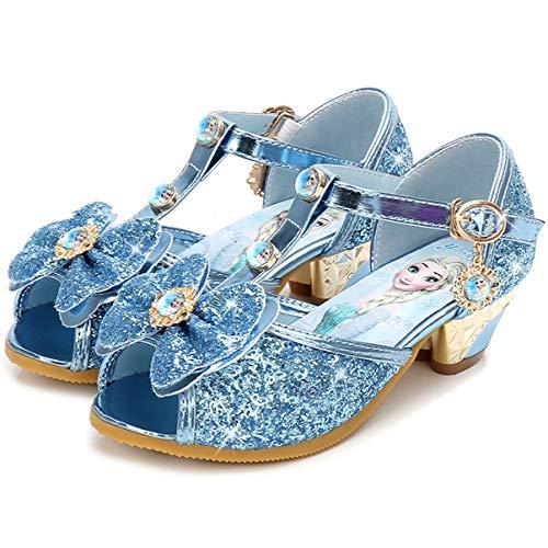 Des chaussures à paillettes et à talon pour petite fille