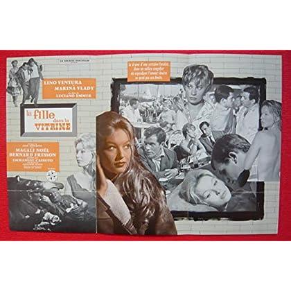 Dossier de presse de La Fille dans la vitrine (1961) – 31x48cm - Film de Luciano Emmer avec L Ventura, M Vlady – Photos N&B + résumé scénario - Bon état.